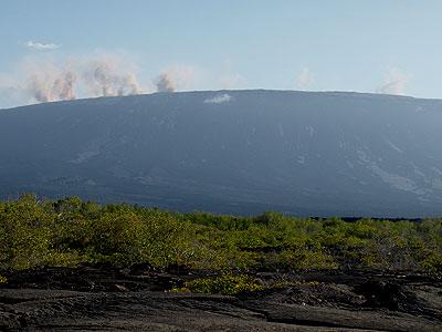 Fernandina Volcano erupting Aug 29, 2007